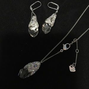 Swarovski snowflakes earrings and necklace